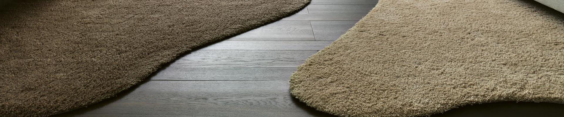 Boden und Teppiche